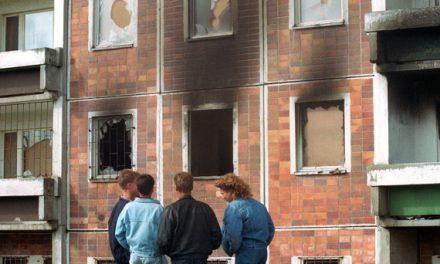 Wer Gewalt sät – von Brandstiftern und Biedermännern