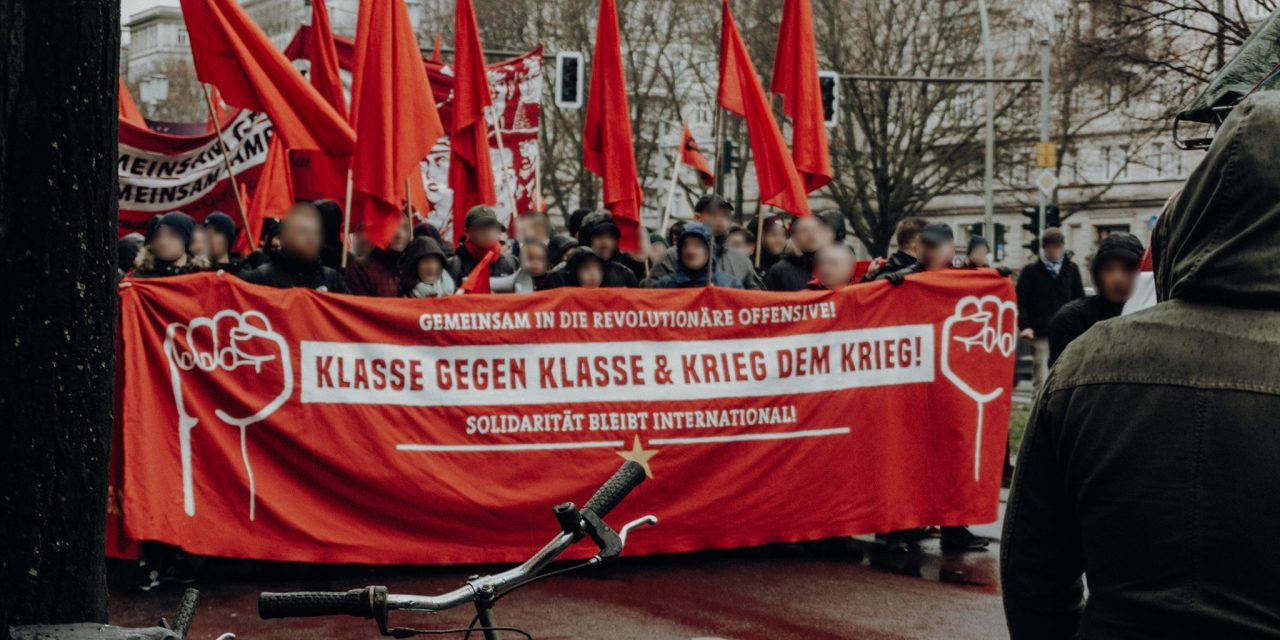 Aktivitäten zur Novemberrevolution in verschiedenen Städten