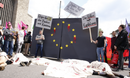 Video und Bericht: Flashmob gegen EU-Abschottung