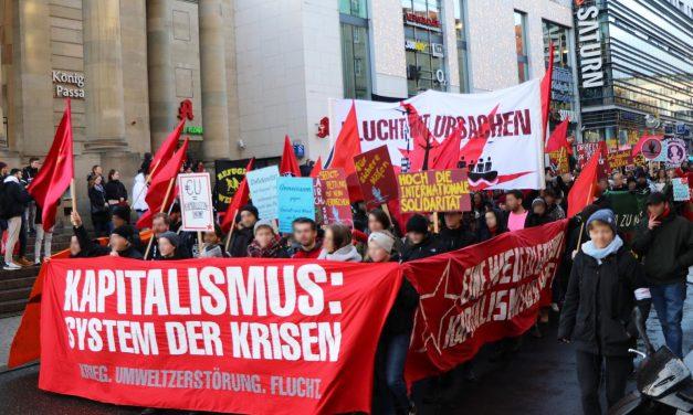 """Bericht und Fotos von der Demonstration """"Für eine Welt in der niemand fliehen muss"""""""