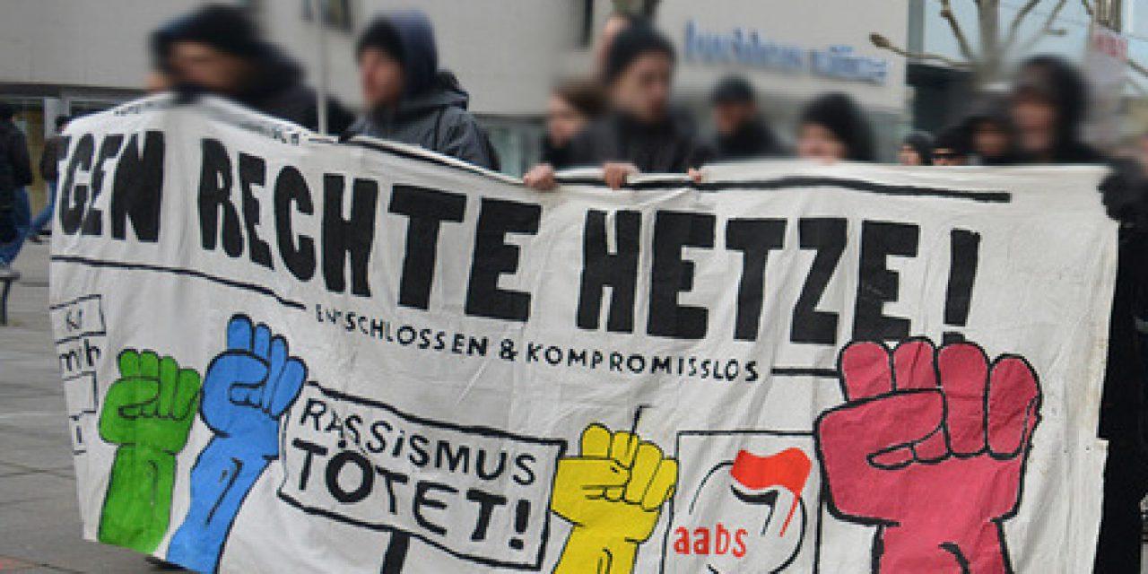 """Lautstarker Protest gegen die """"Demo für Alle"""" in Stuttgart"""