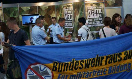 Bundeswehr auf Bildungsmesse gestört