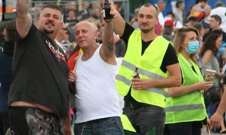 Nazis bei Querdenken711 Kundgebungen in Stuttgart