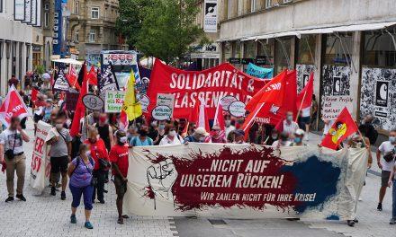 """""""Die Reichen sollen die Krise bezahlen"""" Fotos und Bericht vom Aktionstag"""
